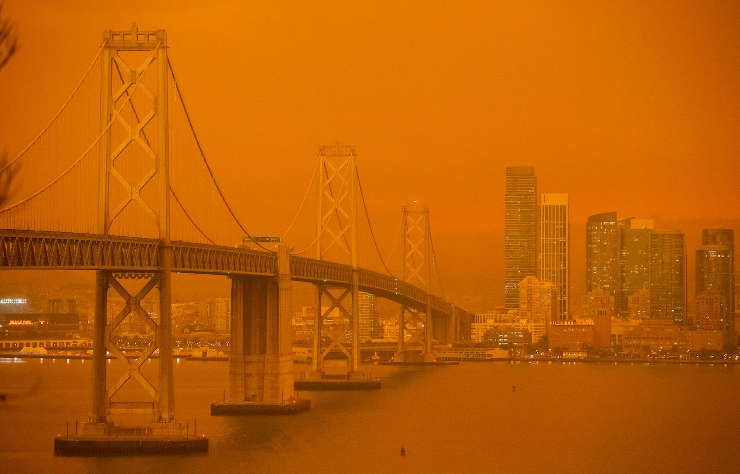 The San Francisco skyling obscured by thick smoke.