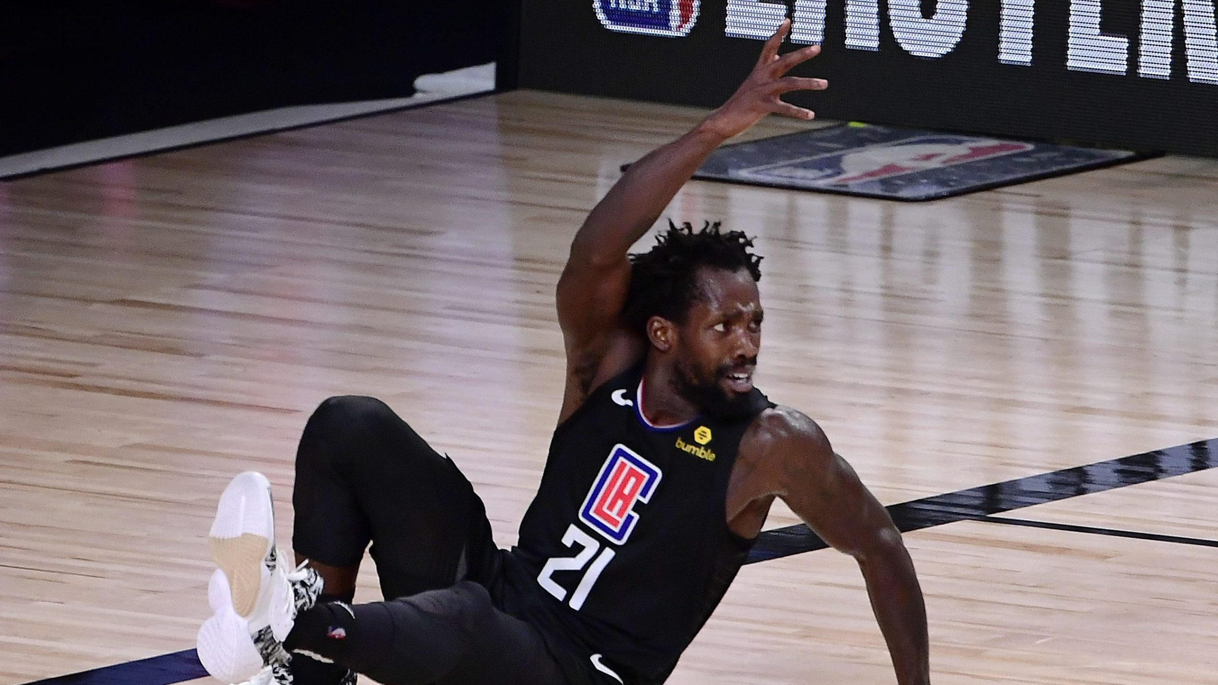 Patrick Beverley, Los Angeles Clippers, gesticulates from the floor