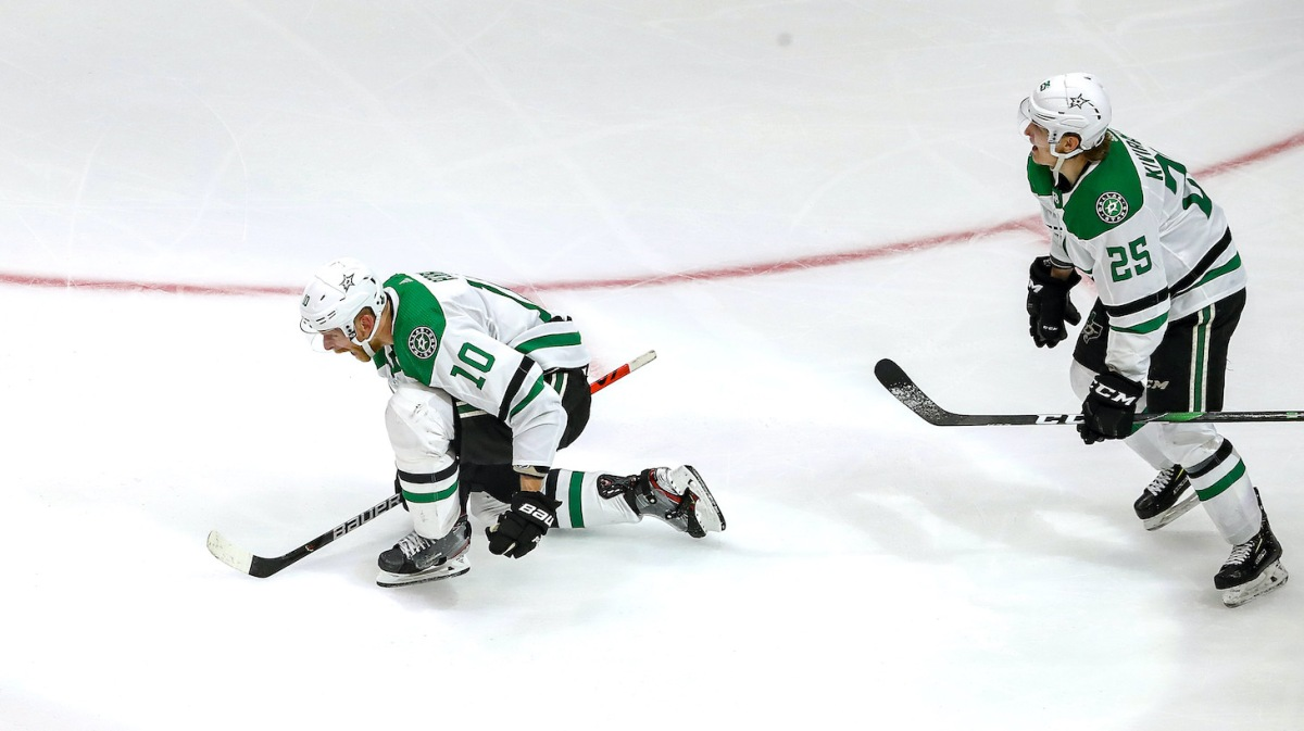 EDMONTON, ALBERTA - SEPTEMBER 26: Corey Perry #10 of the Dallas Stars celebrates after scoring the game-winning goal against the Tampa Bay Lightning during the second overtime period to give the Stars the 3-2 victory in Game Five of the 2020 NHL Stanley Cup Final at Rogers Place on September 26, 2020 in Edmonton, Alberta, Canada. (Photo by Bruce Bennett/Getty Images)
