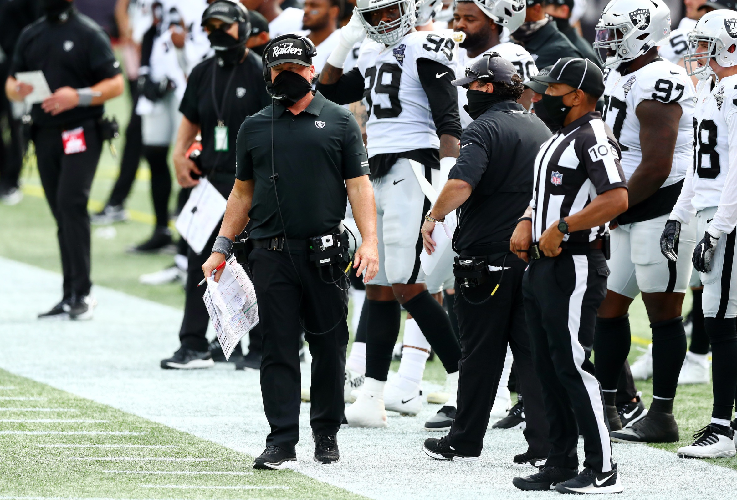 Las Vegas Raiders head coach Jon Gruden stands on the sideline during the game against the New England Patriots at Gillette Stadium on September 27, 2020 in Foxborough, Massachusetts.