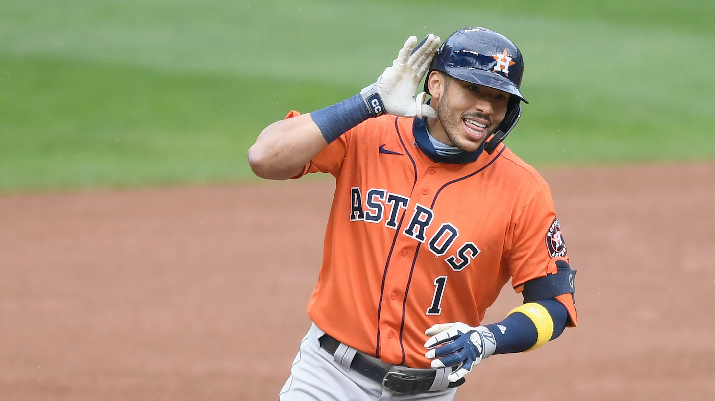 MINNEAPOLIS, MINNESOTA - SEPTEMBER 30: Carlos Correa #1 of the Houston Astros celebrates a solo home run against the Minnesota Twins during the seventh inning of Game Two in the American League Wild Card Round at Target Field on September 30, 2020 in Minneapolis, Minnesota. The Astros defeated the Twins 3-1. (Photo by Hannah Foslien/Getty Images)
