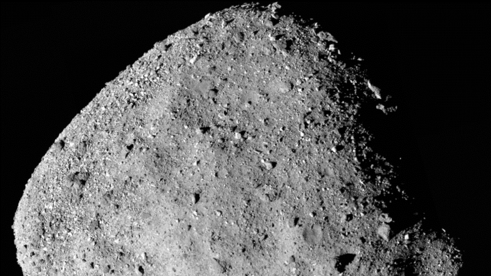 A view of the asteroid Bennu, from the camera of OSIRIS-REx.