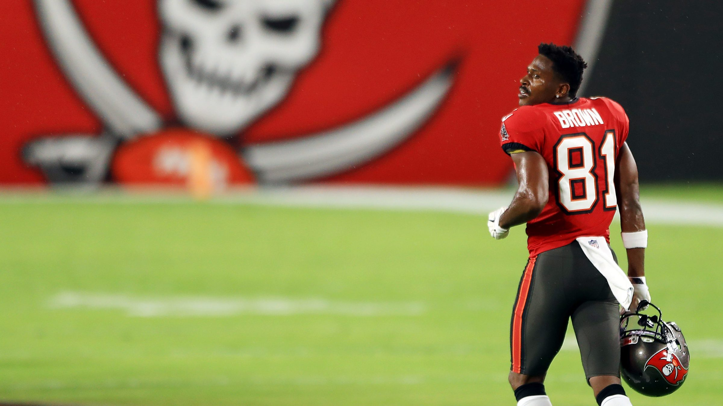 Antonio Brown of the Tampa Bay Buccaneers jogs on the field before the game against the New Orleans Saints at Raymond James Stadium on November 08, 2020 in Tampa, Florida.