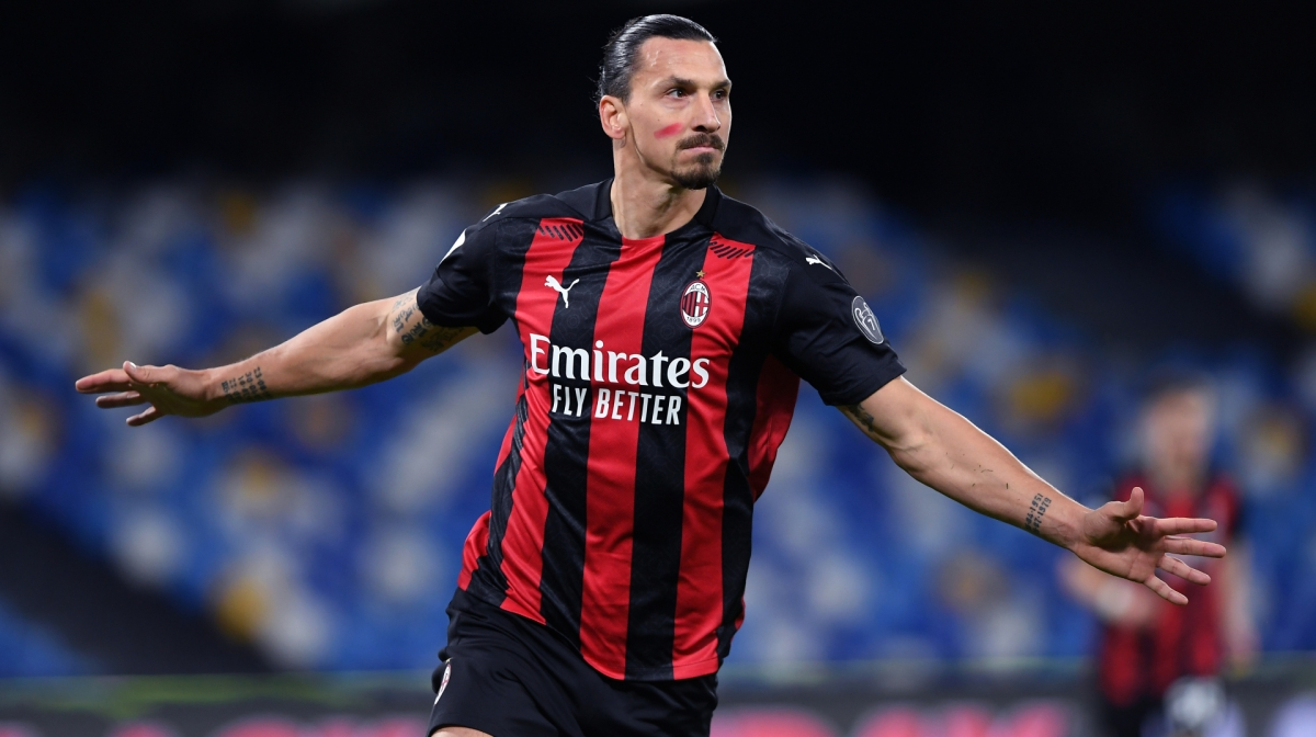 Zlatan Ibrahimovic of A.C. Milan celebrates after scoring their team's first goal during the Serie A match between SSC Napoli and AC Milan at Stadio San Paolo on November 22, 2020 in Naples, Italy.