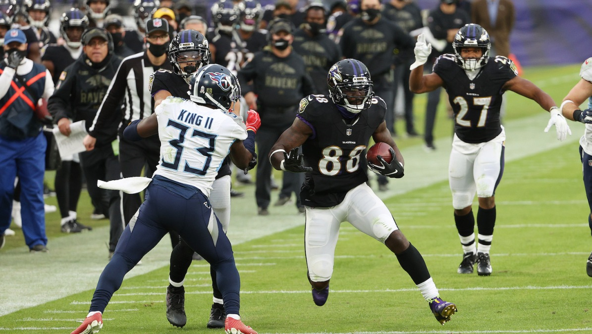 BALTIMORE, MARYLAND - NOVEMBER 22: Dez Bryant #88 of the Baltimore Ravens runs after a catch against the Baltimore Ravens during the game at M&T Bank Stadium on November 22, 2020 in Baltimore, Maryland. (Photo by Patrick Smith/Getty Images)