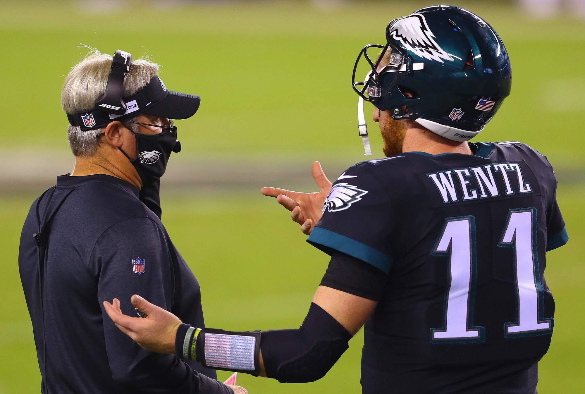 Carson Wentz and Doug Pederson share a moment together.