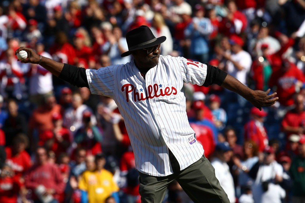 Dick Allen, stylish to the last, throws out the first pitch at a Phillies game in 2009.