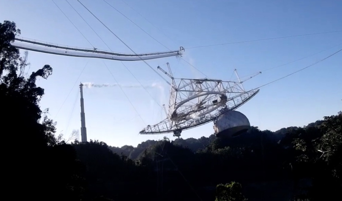 On-the-ground footage shows a cable snapping, sending the platform crashing to the ground.