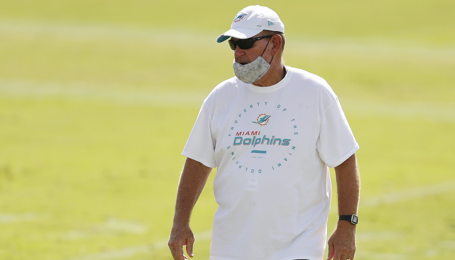 DAVIE, FLORIDA - AUGUST 18: Offensive coordinator Chan Gailey of the Miami Dolphins looks on during training camp at Baptist Health Training Facility at Nova Southern University on August 18, 2020 in Davie, Florida. (Photo by Michael Reaves/Getty Images)