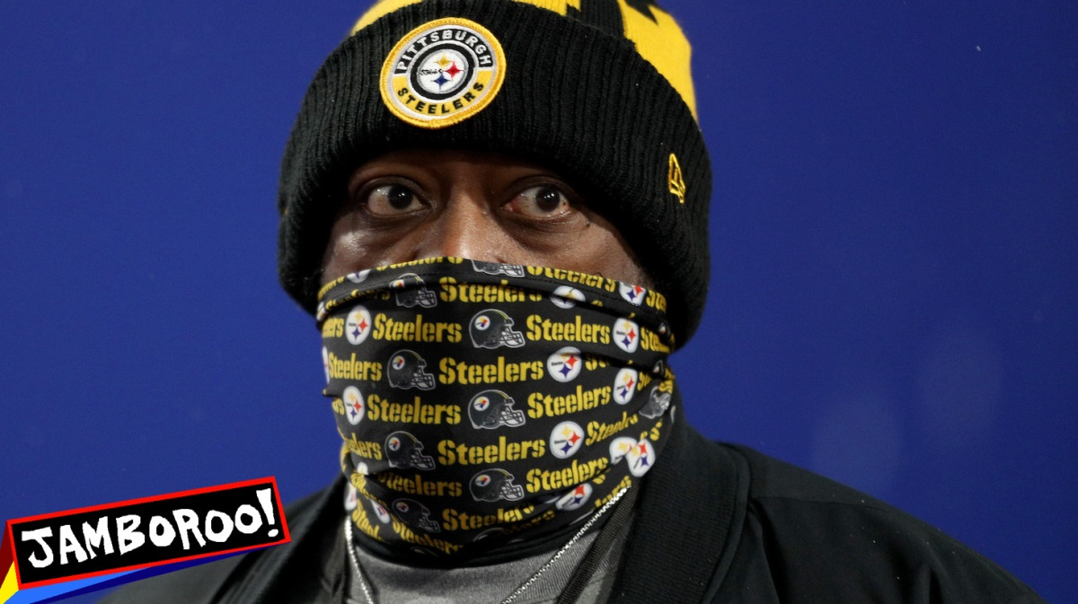 ORCHARD PARK, NEW YORK - DECEMBER 13: Head coach Mike Tomlin of the Pittsburgh Steelers looks on before the game against the Buffalo Bills at Bills Stadium on December 13, 2020 in Orchard Park, New York. (Photo by Bryan M. Bennett/Getty Images)