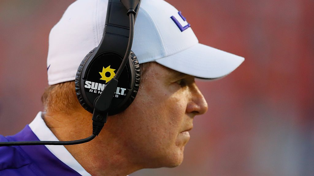 Then-LSU head football coach Les Miles looks on during the game against the Auburn Tigers at Jordan-Hare Stadium on September 24, 2016 in Auburn, Alabama.