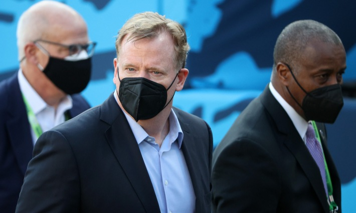 TAMPA, FLORIDA - FEBRUARY 07: NFL Commissioner Roger Goodell looks on while wearing a face covering before Super Bowl LV between the Tampa Bay Buccaneers and the Kansas City Chiefs at Raymond James Stadium on February 07, 2021 in Tampa, Florida. (Photo by Patrick Smith/Getty Images)
