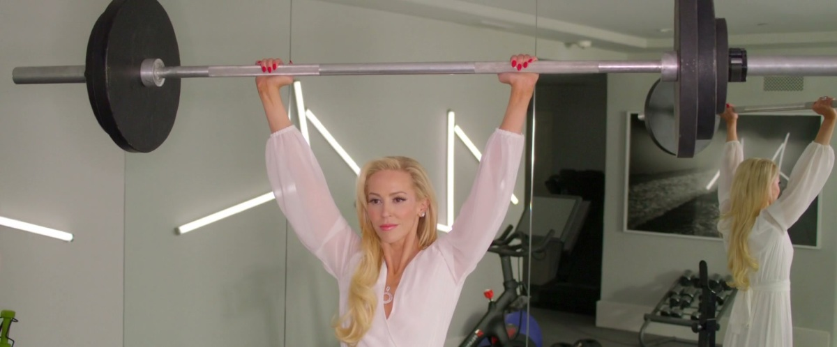 Louise Linton lifts a barbell