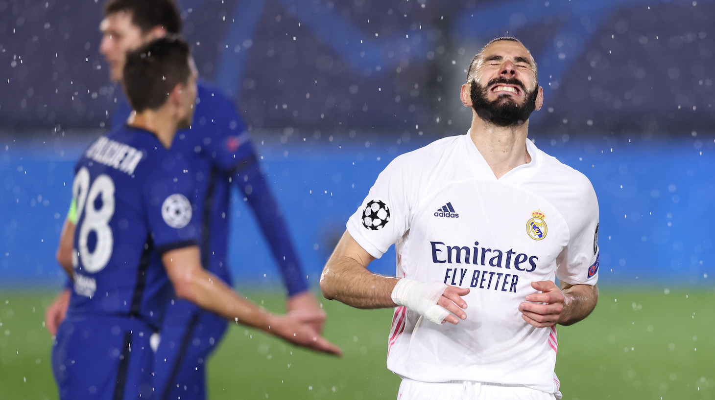 Karim Benzema of Real Madrid reacts after a missed shot during the UEFA Champions League Semi Final First Leg match between Real Madrid and Chelsea FC at Estadio Alfredo Di Stefano on April 27, 2021 in Madrid, Spain.