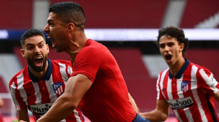 Atletico Madrid's Uruguayan forward Luis Suarez celebrates his goal during the Spanish League football match between Club Atletico de Madrid and CA Osasuna at the Wanda Metropolitano stadium in Madrid on May 16, 2021.