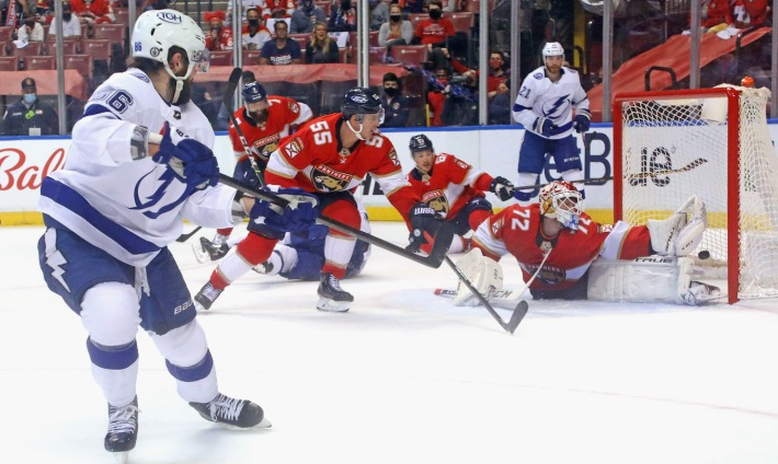 SUNRISE, FLORIDA - MAY 16: Nikita Kucherov #86 of the Tampa Bay Lightning scores on the powerplay at 14:51 of the second period against Sergei Bobrovsky #72 of the Florida Panthers in Game One of the First Round of the 2021 Stanley Cup Playoffs at the BB&T Center on May 16, 2021 in Sunrise, Florida. The Lightning defeated the Panthers 5-4. (Photo by Bruce Bennett/Getty Images)