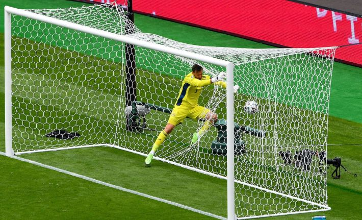 Scotland's goalkeeper David Marshall misses a save on Czech Republic's second goal during the UEFA EURO 2020 Group D football match between Scotland and Czech Republic at Hampden Park in Glasgow on June 14, 2021. (Photo by ANDY BUCHANAN / POOL / AFP) (Photo by ANDY BUCHANAN/POOL/AFP via Getty Images)
