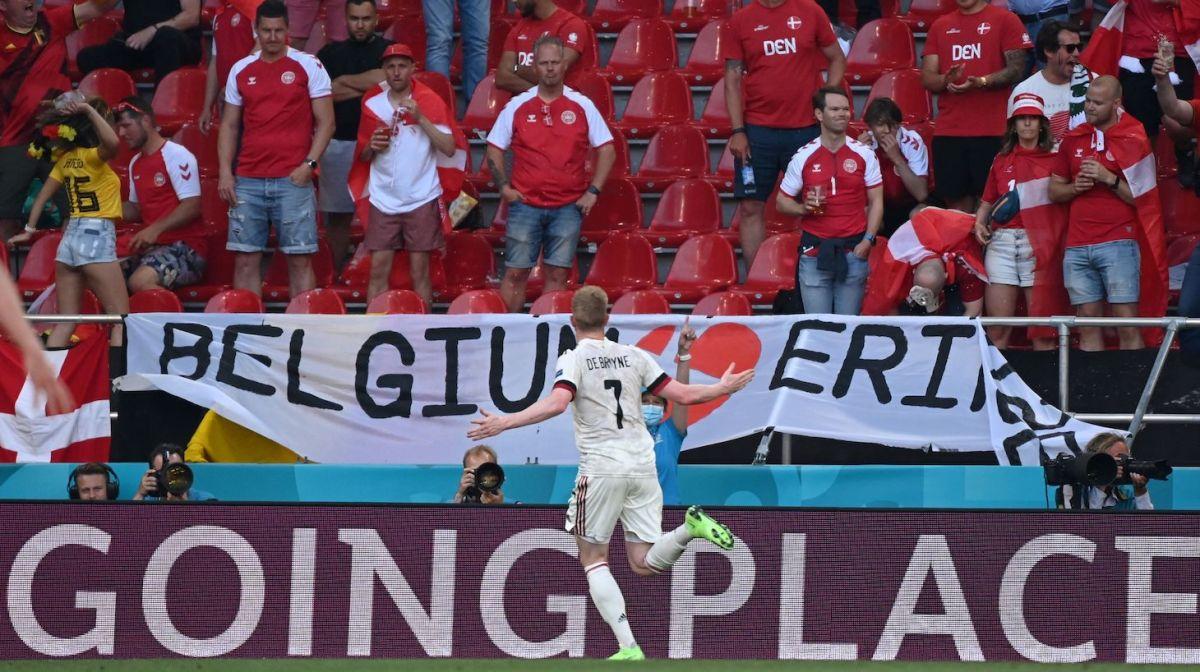 Belgium's midfielder Kevin De Bruyne celebrates scoring the team's second goal during the UEFA EURO 2020 Group B football match between Denmark and Belgium at the Parken Stadium in Copenhagen on June 17, 2021.