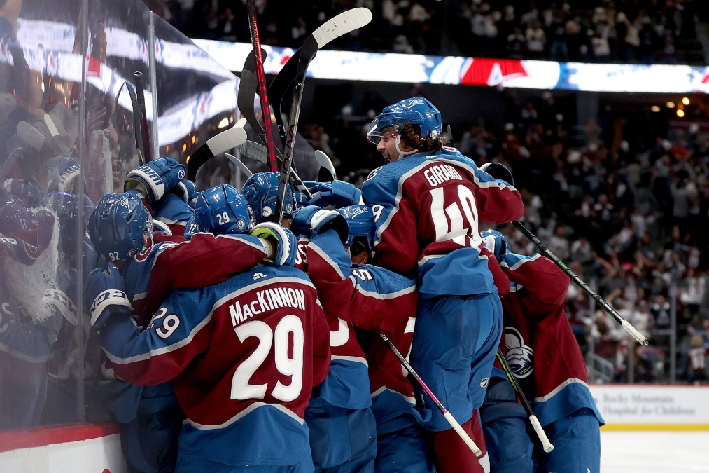 The Colorado Avalanche celebrate