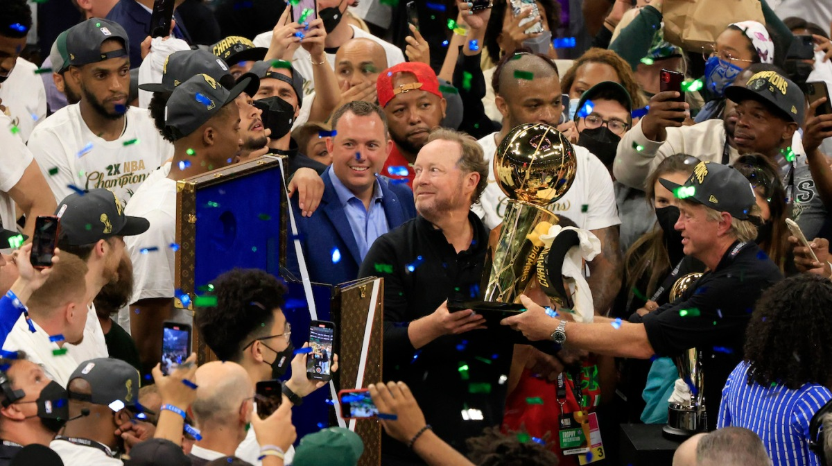 MILWAUKEE, WISCONSIN - JULY 20: Head coach Mike Budenholzer of the Milwaukee Bucks celebrates after defeating the Phoenix Suns in Game Six to win the 2021 NBA Finals at Fiserv Forum on July 20, 2021 in Milwaukee, Wisconsin. NOTE TO USER: User expressly acknowledges and agrees that, by downloading and or using this photograph, User is consenting to the terms and conditions of the Getty Images License Agreement. (Photo by Justin Casterline/Getty Images)