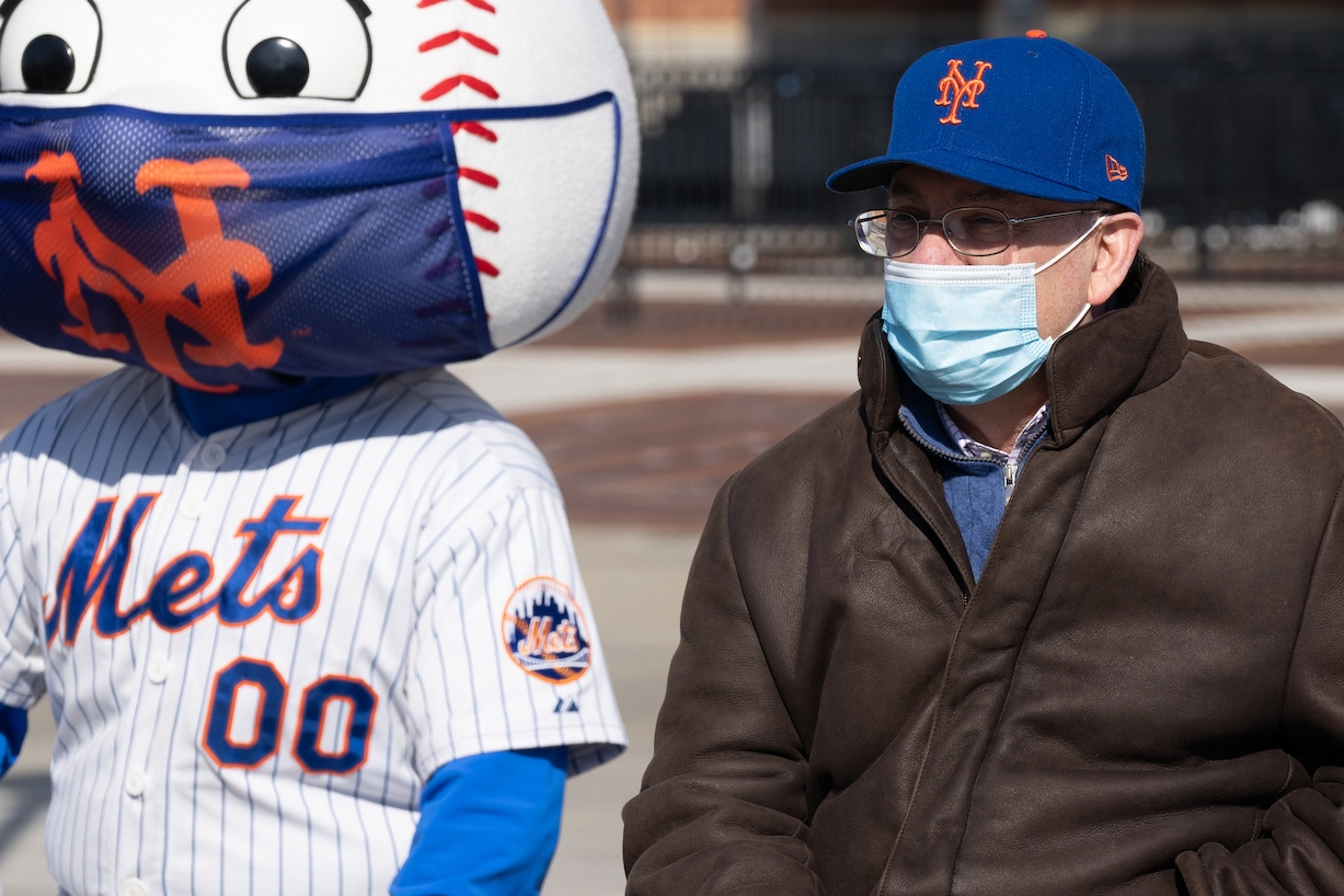NEW YORK, NEW YORK - FEBRUARY 10: Mets owner Steve Cohen at the opening of the coronavirus (COVID-19) vaccination site at Citi Field on February 10, 2021 in the Queens borough of New York City. The inoculation site will focus on providing vaccinations to Queens residents, food service workers, and taxi drivers. (Photo by David Dee Delgado/Getty Images)