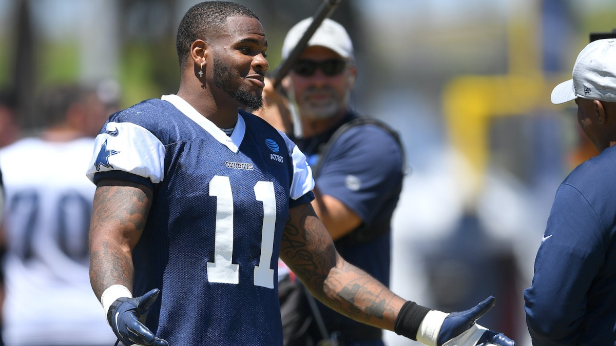OXNARD, CA - AUGUST 03: Linebacker Micah Parsons #11 of the Dallas Cowboys participates in drills during training camp at River Ridge Complex on August 3, 2021 in Oxnard, California. (Photo by Jayne Kamin-Oncea/Getty Images)