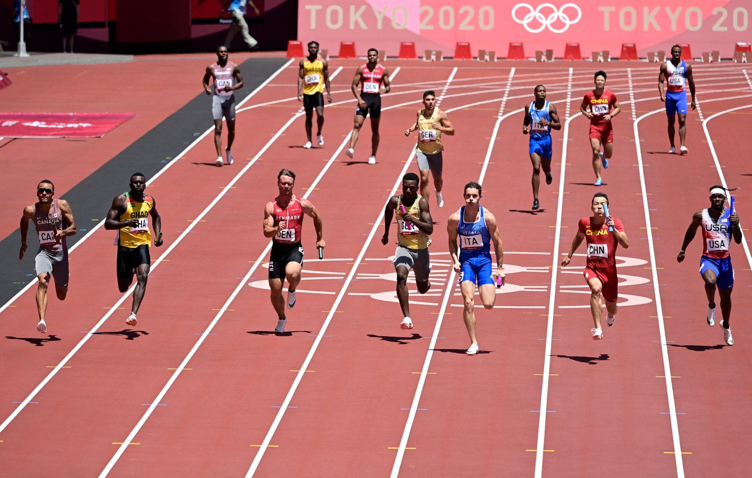 men's 4x100m relay heats