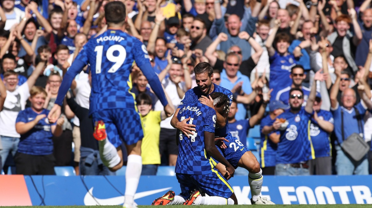 Trevoh Chalobah of Chelsea celebrates with teammate Cesar Azpilicueta after scoring their side's third goal during the Premier League match between Chelsea and Crystal Palace at Stamford Bridge on August 14, 2021 in London, England.