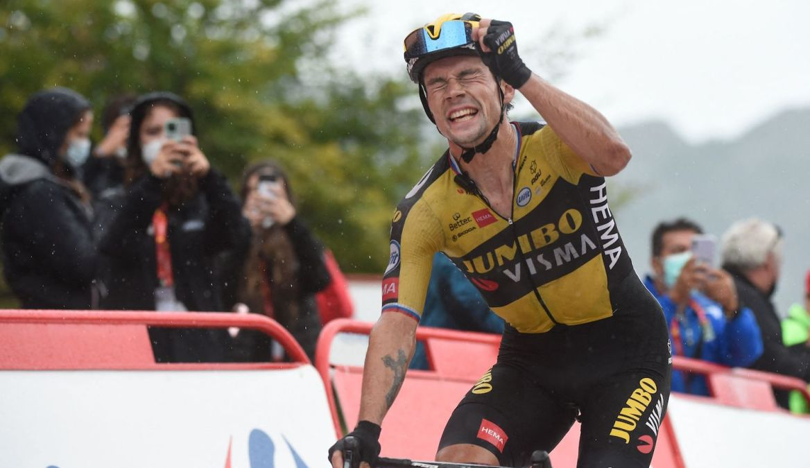 Team Jumbo's Slovenian rider Primoz Roglic celebrates as he wins the 17th stage of the 2021 La Vuelta cycling tour of Spain, a 185.8 km race from Unquera to Lagos de Covadonga on September 1, 2021. (Photo by MIGUEL RIOPA / AFP) (Photo by MIGUEL RIOPA/AFP via Getty Images)
