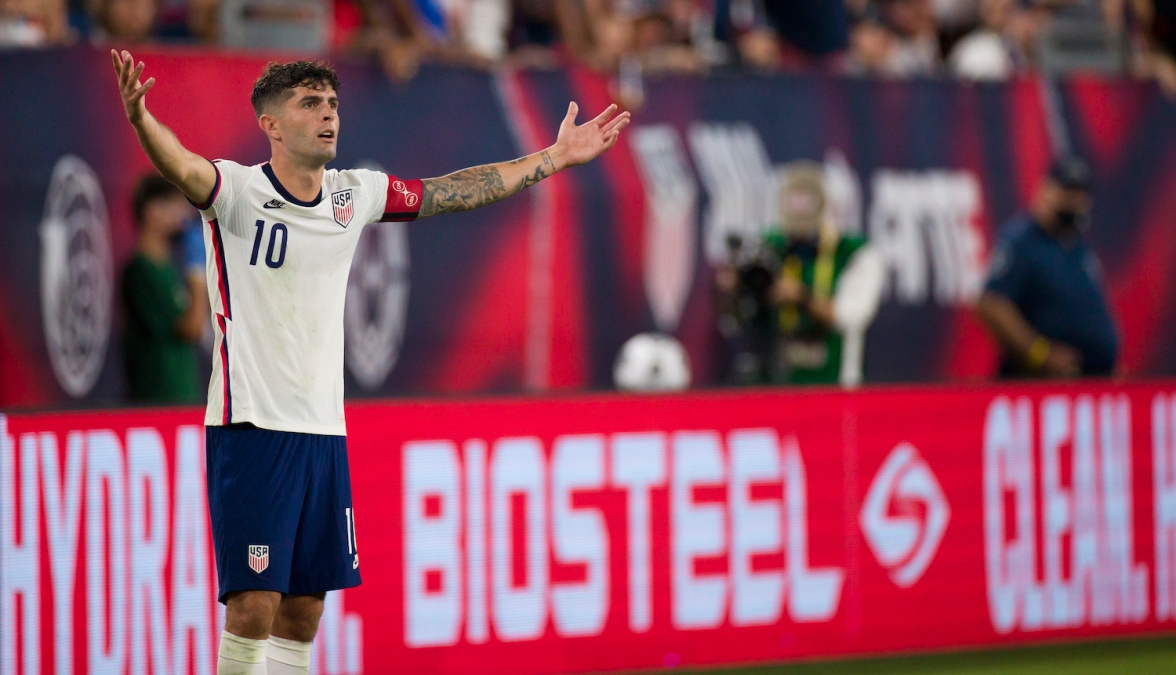 NASHVILLE, TN - SEPTEMBER 05: Christian Pulisic #10 of United States protests a call against him during the second half of their World Cup qualifying match against Canada at Nissan Stadium on September 5, 2021 in Nashville, Tennessee. United States ties tied Canada 1-1. (Photo by Brett Carlsen/Getty Images) *** Local Caption *** Christian Pulisic
