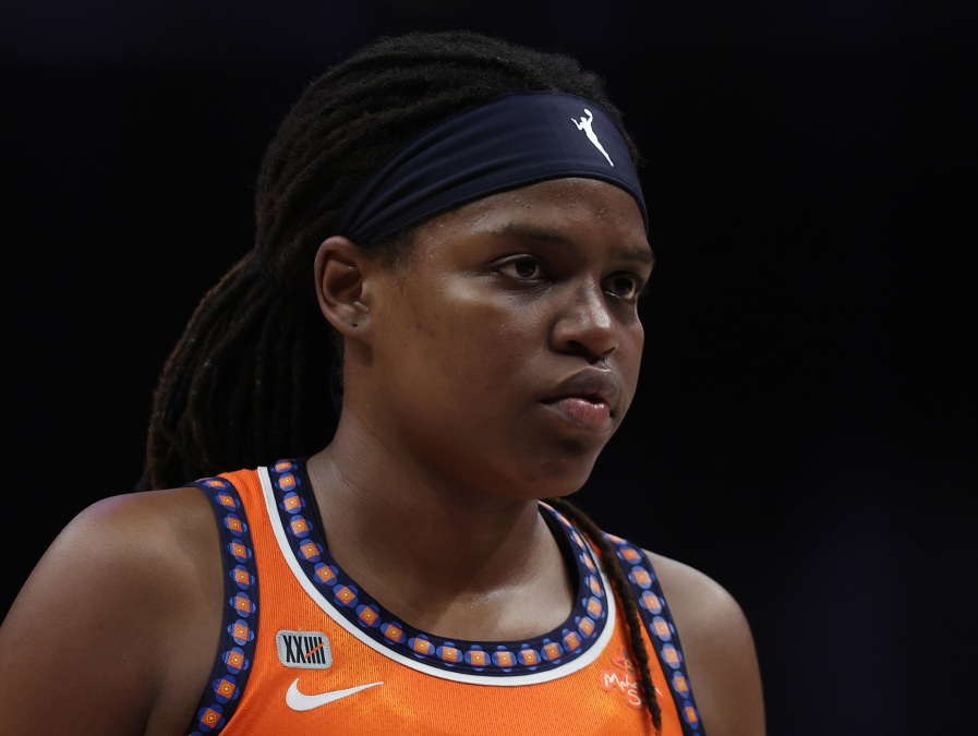 Jonquel Jones #35 of the Connecticut Sun in the second quarter at Staples Center on September 09, 2021 in Los Angeles, California.