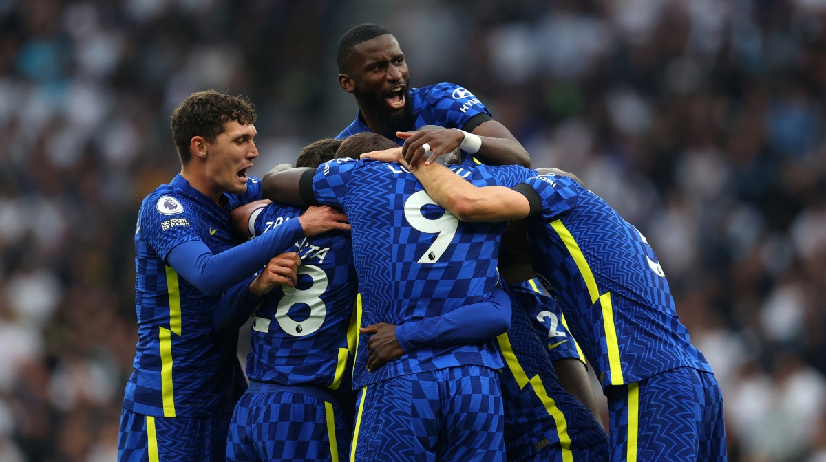 Antonio Rudiger of Chelsea jumps up as the team celebrate the second goal scored by N'Golo Kante of Chelsea during the Premier League match between Tottenham Hotspur and Chelsea at Tottenham Hotspur Stadium on September 19, 2021 in London, England.