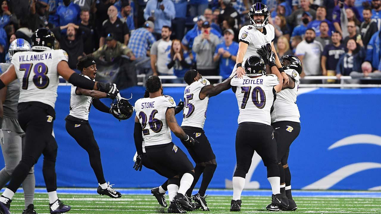 Ravens celebrate after Justin Tucker's game-winning field goal