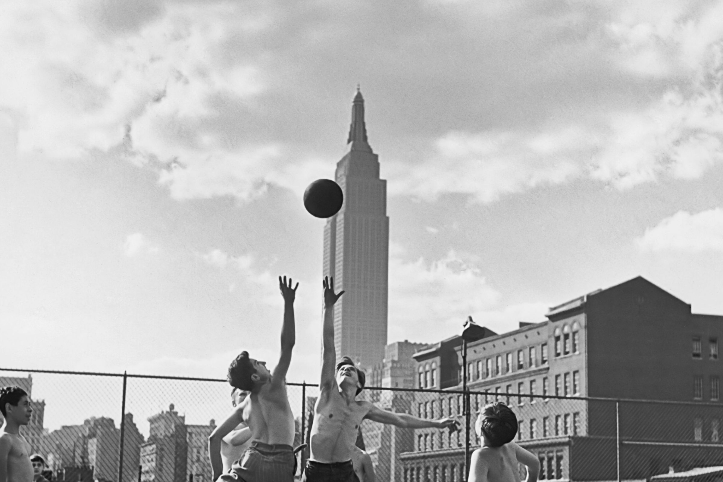 Rooftop basketball in NYC, circa 1950