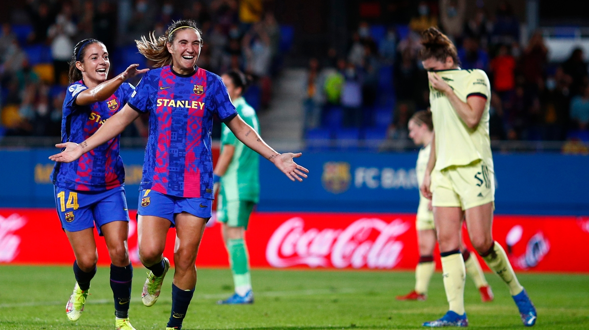 Mariona Caldentey of FC Barcelona celebrates scoring the opening goal during the UEFA Women's Champions League group C match between FC Barcelona and Arsenal WFC at Estadi Johan Cruyff on October 05, 2021 in Barcelona, Spain.